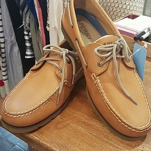 NWOT Men's Sperrys